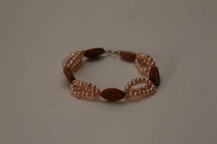bracelet cassia grandis et perles d'eau douce roses