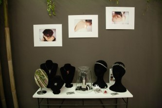 Constellations, headbands et bijoux de main