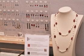 Bijoux en graines, Grib